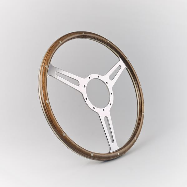 Derrington 3 Equal Spokes
