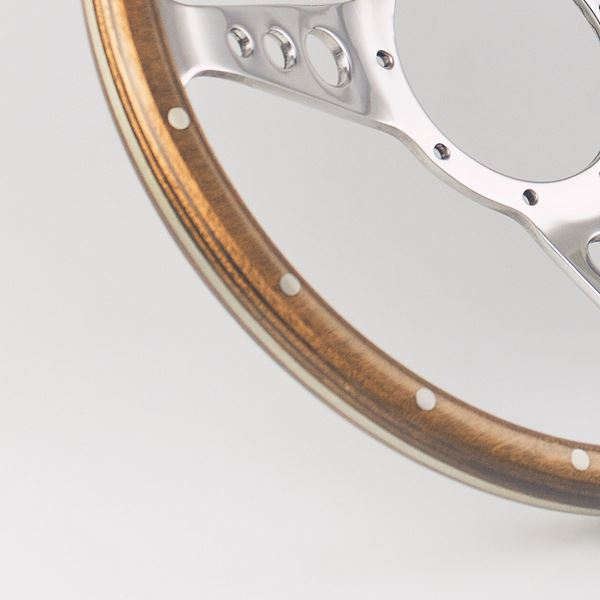 Standard rim with mid-brown stain